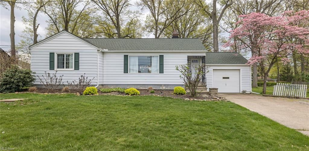 36795 Chester Road, Avon, OH 44011 - #: 4277613