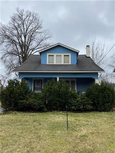 Photo of 379 E Philadelphia Avenue, Youngstown, OH 44507 (MLS # 4176614)