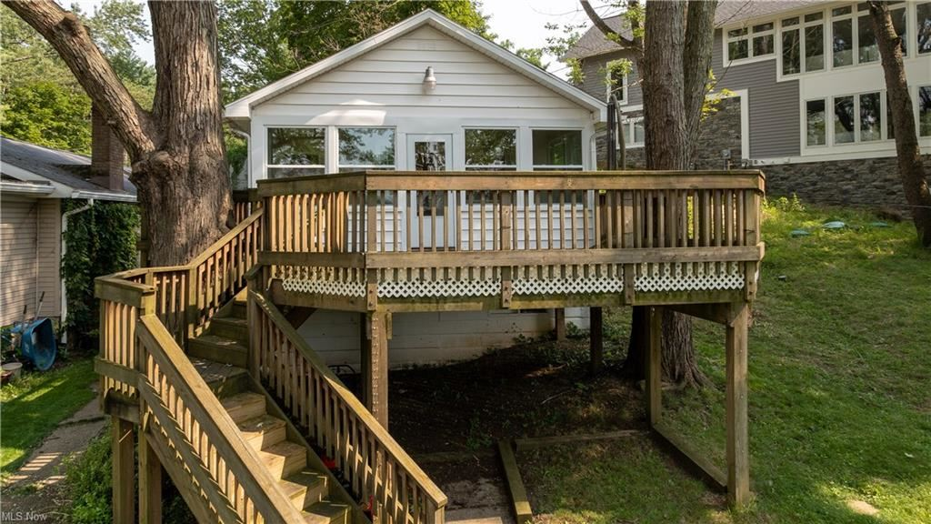Photo of 162 Oak Drive NW, North Canton, OH 44720 (MLS # 4293623)