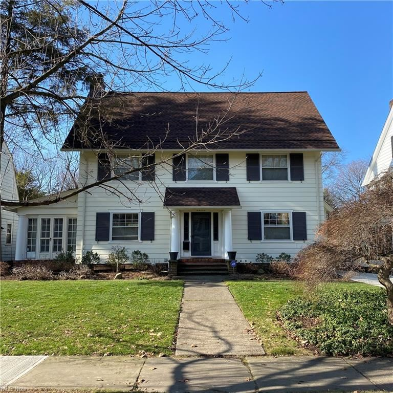 2206 N Saint James Parkway, Cleveland Heights, OH 44106 - #: 4247624