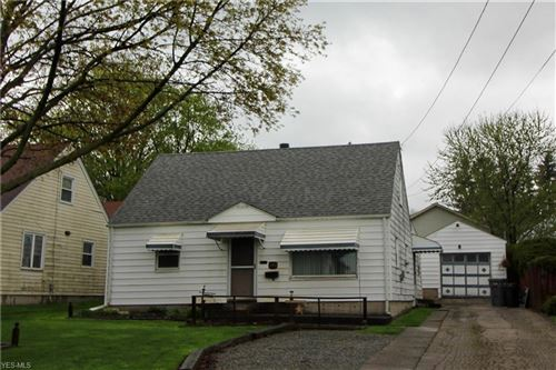 Photo of 256 South Edgehill Ave, Austintown, OH 44515 (MLS # 4090627)