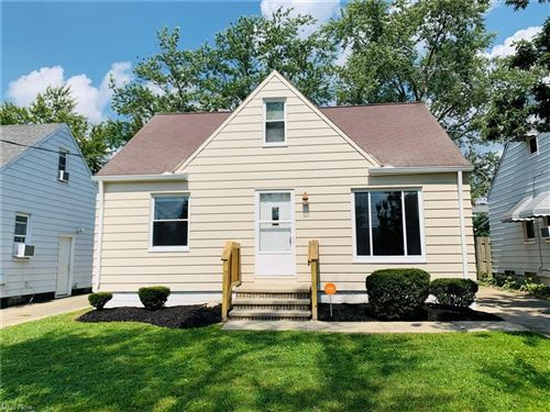 Photo of 15417 Corkhill Road, Maple Heights, OH 44137 (MLS # 4317631)