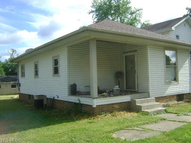 129 W 11th Street, Uhrichsville, OH 44683 - MLS#: 4200645
