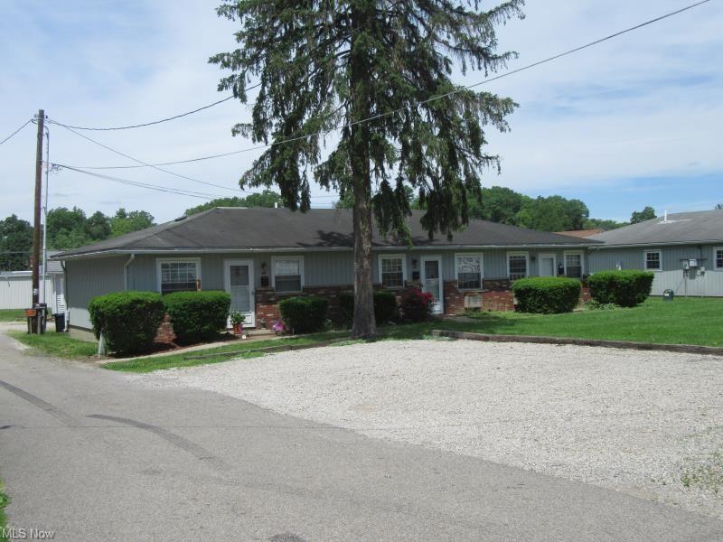Photo of 53 N Pembroke, Zanesville, OH 43701 (MLS # 4326650)