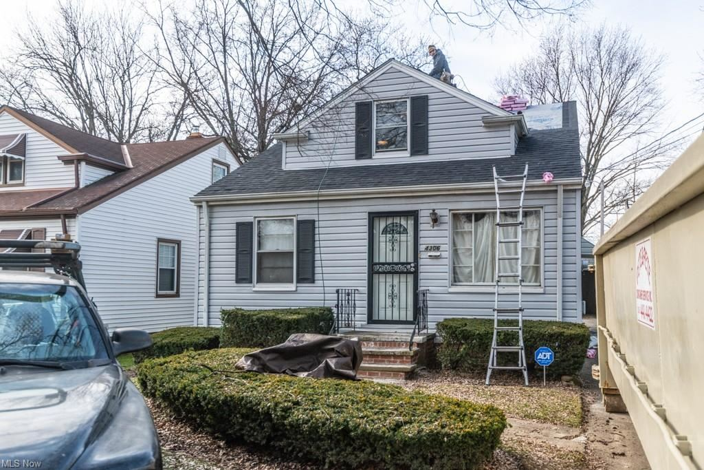 4306 E 164th Street, Cleveland, OH 44128 - #: 4249652