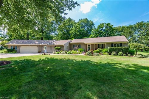 Photo of 9001 Mountain View Drive, Mentor, OH 44060 (MLS # 4317654)