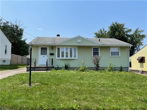 Photo of 624 W Heights Avenue, Youngstown, OH 44509 (MLS # 4302657)