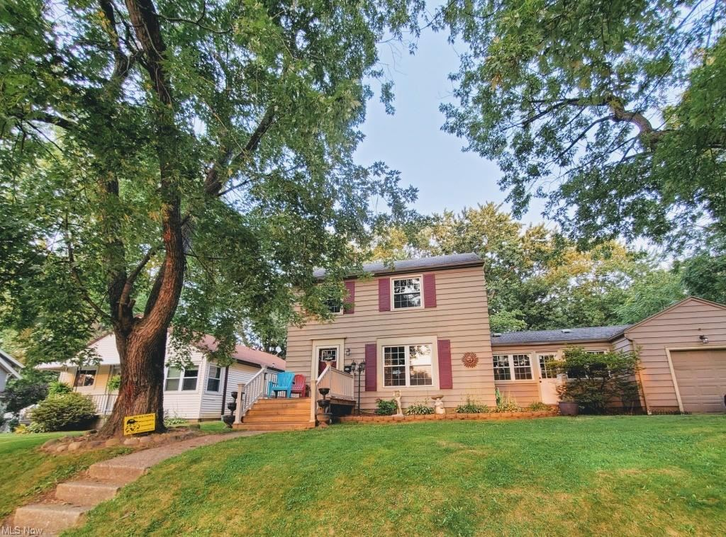 Photo of 1831 16th Street, Cuyahoga Falls, OH 44223 (MLS # 4303658)