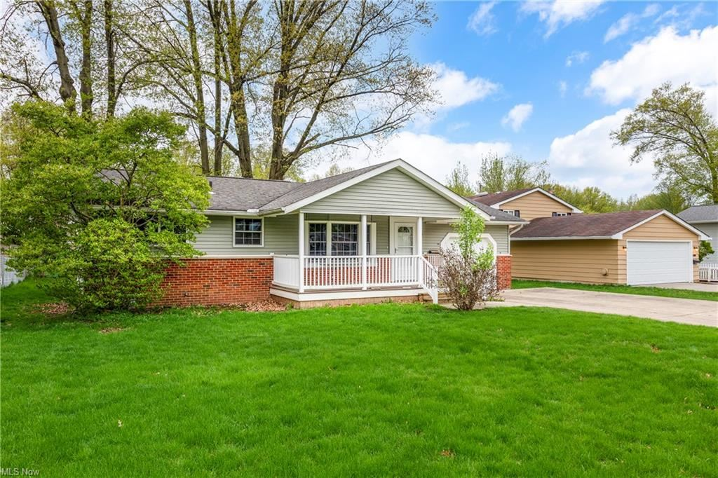 24885 Antler Drive, North Olmsted, OH 44070 - #: 4270667