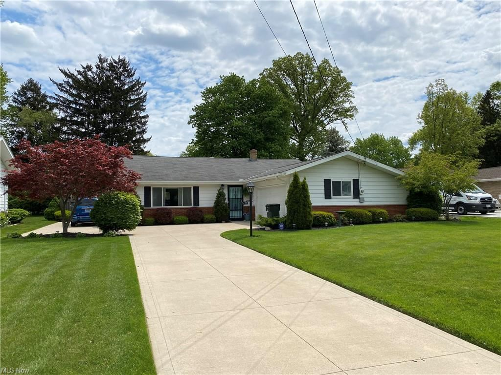 5177 Berkshire Drive, North Olmsted, OH 44070 - #: 4279670
