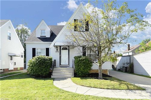 Photo of 4072 W 166th Street, Cleveland, OH 44135 (MLS # 4318672)