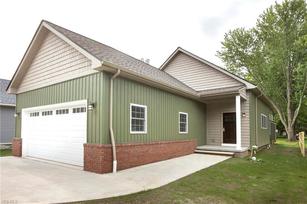 23083 Esther Avenue, North Olmsted, OH 44070 - #: 4152673