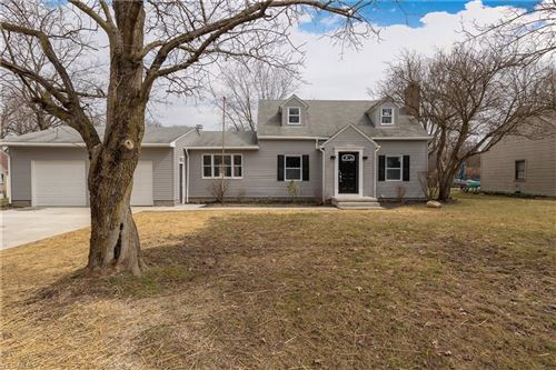 Photo of 3203 Hermosa Drive, Youngstown, OH 44511 (MLS # 4176676)