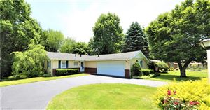 Photo of 422 Imperial Dr, East Liverpool, OH 43920 (MLS # 4009678)