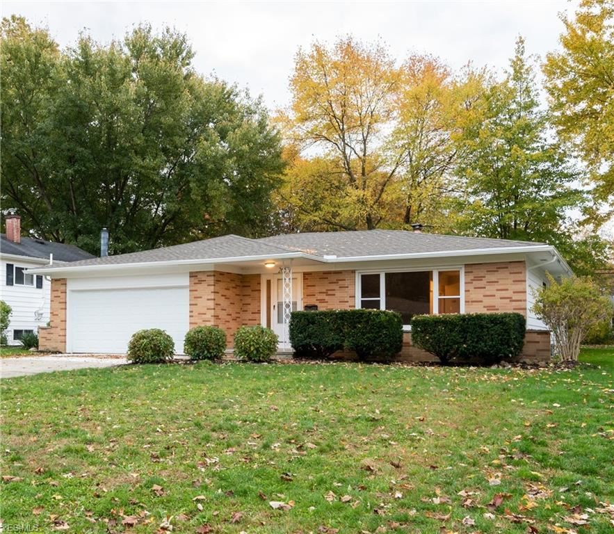26571 Redwood Drive, Olmsted Falls, OH 44138 - #: 4235683