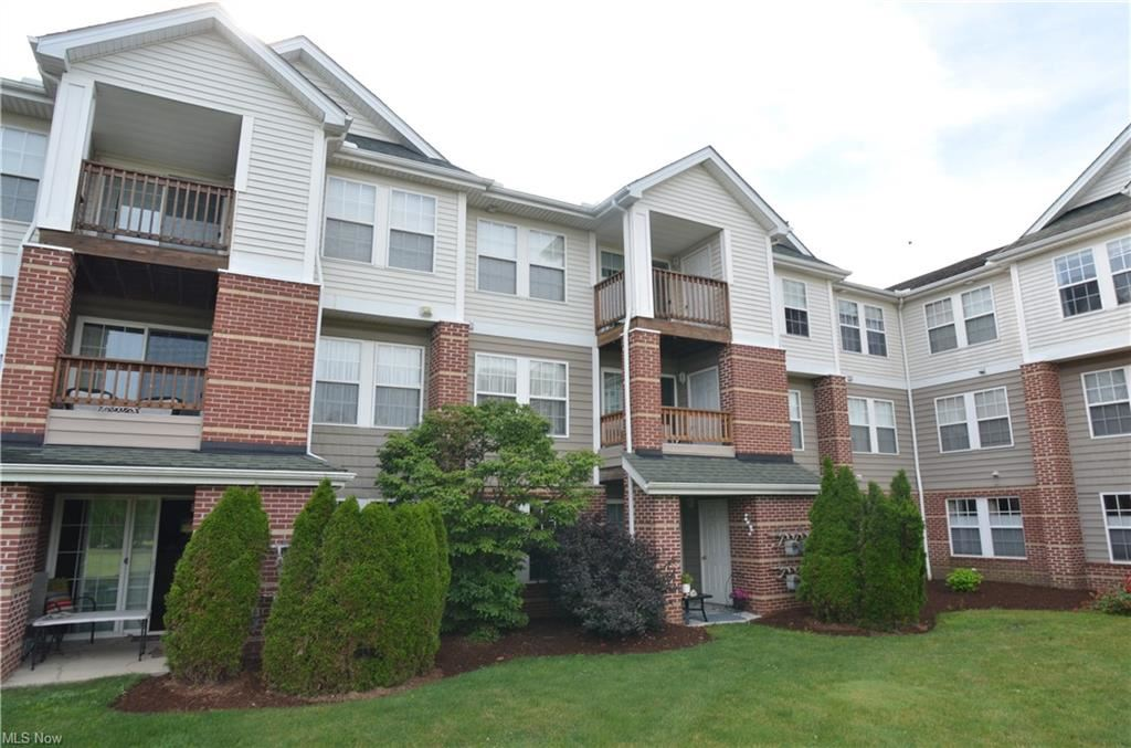 23004 Chandlers Lane #4-112, Olmsted Falls, OH 44138 - #: 4294693