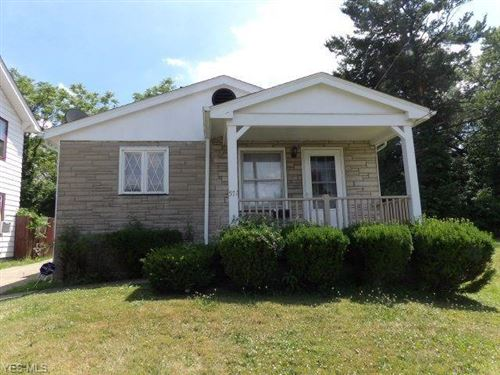 Photo of 571 E Avondale Avenue, Youngstown, OH 44502 (MLS # 4131705)