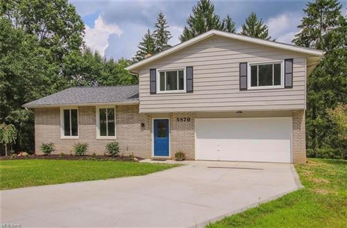 Photo of 5870 North Oval, Solon, OH 44139 (MLS # 4282715)
