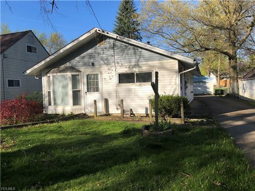 Photo of 4246 Woodmere Drive, Youngstown, OH 44515 (MLS # 4188719)