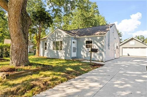 Photo of 4091 Walter Road, North Olmsted, OH 44070 (MLS # 4291721)