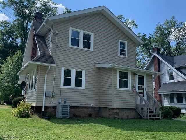 Photo of 501 Greenwood Avenue, Akron, OH 44320 (MLS # 4303723)