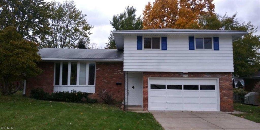 21980 Elizabeth Avenue, Fairview Park, OH 44126 - #: 4236731