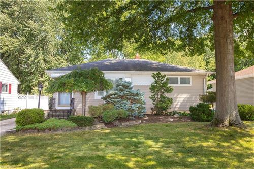 Photo of 6419 Grosse Drive, Brook Park, OH 44142 (MLS # 4315734)