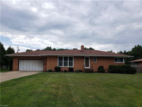 Photo of 10057 Lynn Drive, North Royalton, OH 44133 (MLS # 4212735)