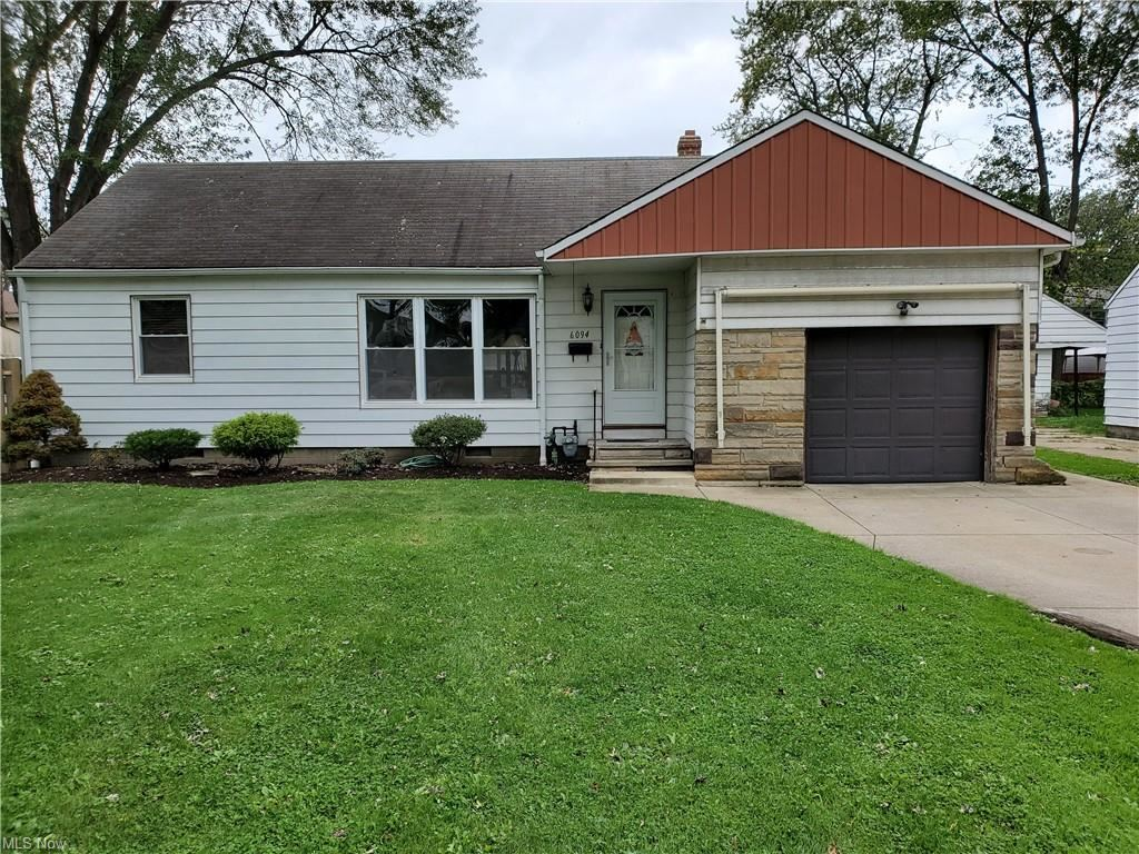 Photo of 6094 Seminole Trail, Mentor-on-the-Lake, OH 44060 (MLS # 4327745)