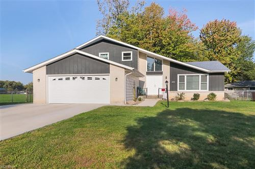 Photo of 6854 Paula Drive, Middleburg Heights, OH 44130 (MLS # 4324750)