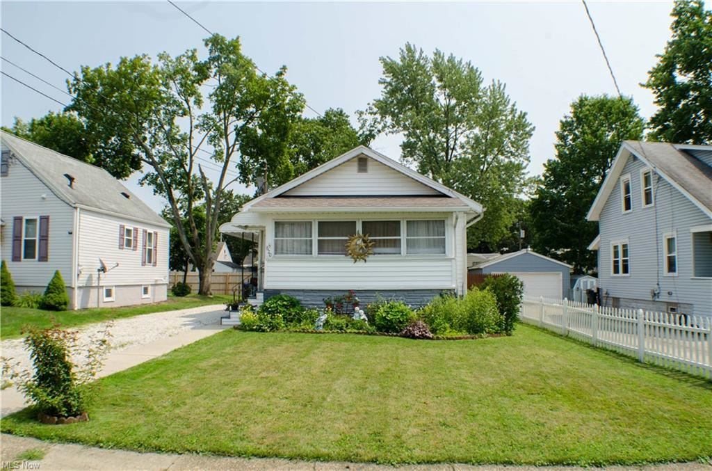 Photo of 620 Viewpoint Avenue, Cuyahoga Falls, OH 44221 (MLS # 4299750)