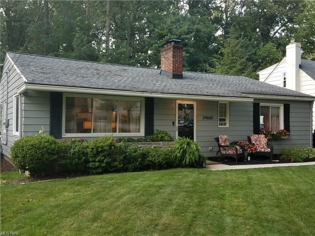 24660 Florence Avenue, North Olmsted, OH 44070 - #: 4302750