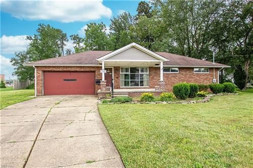 Photo of 27537 Butternut Ridge Road, North Olmsted, OH 44070 (MLS # 4290754)