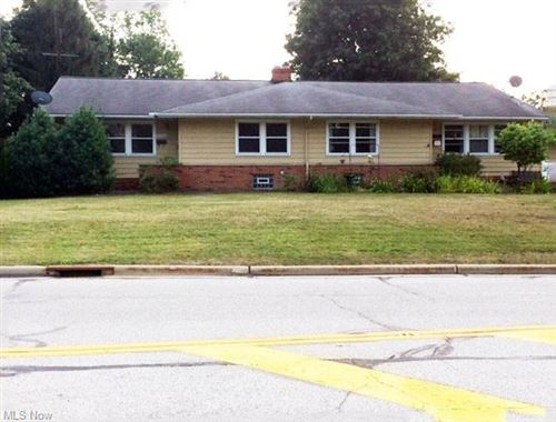 Photo of 32560-62 Bainbridge Road, Solon, OH 44139 (MLS # 4314759)
