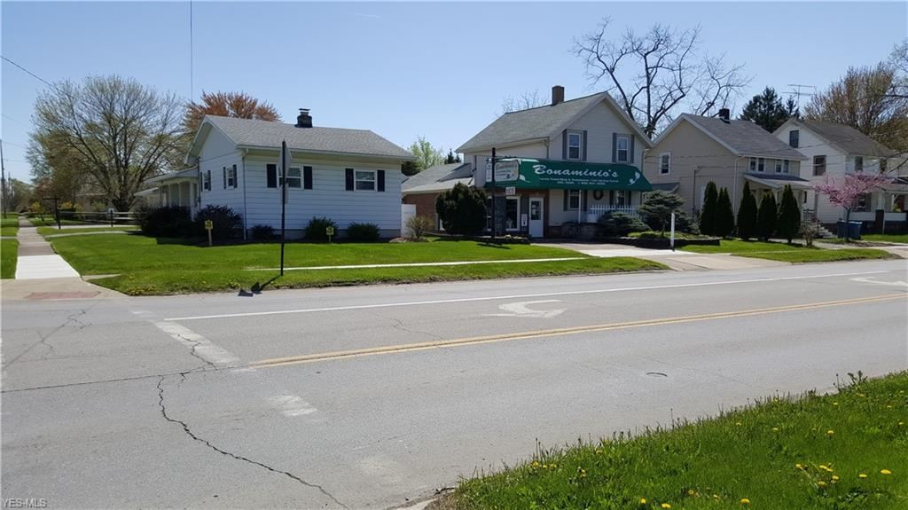 1105 W 21st Street, Lorain, OH 44052 - #: 4203760