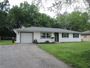 Photo of 158 Harrow Ln, Youngstown, OH 44511 (MLS # 4101762)