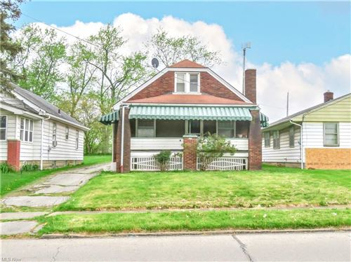 Photo of 174 N Hazelwood Avenue, Youngstown, OH 44509 (MLS # 4275766)