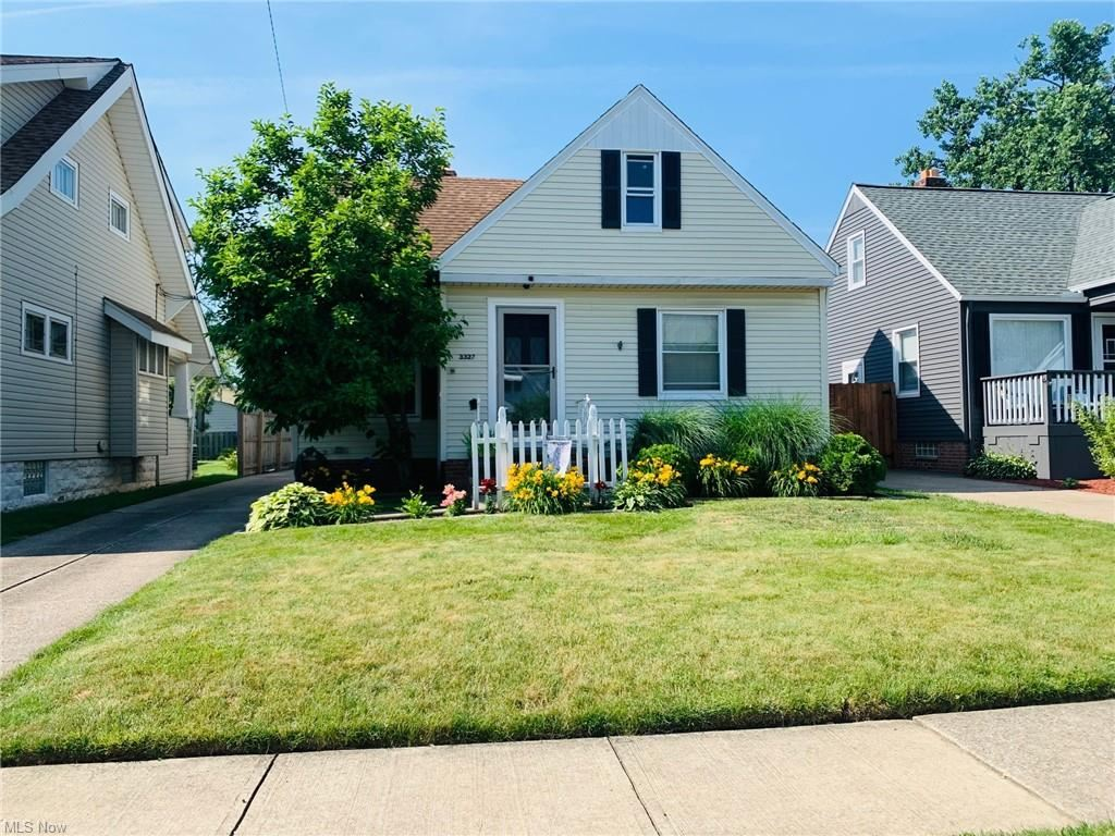 3327 Russell Avenue, Parma, OH 44134 - #: 4300767