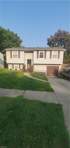 Photo of 1065 Sunnywood Lane, Ravenna, OH 44266 (MLS # 4227768)