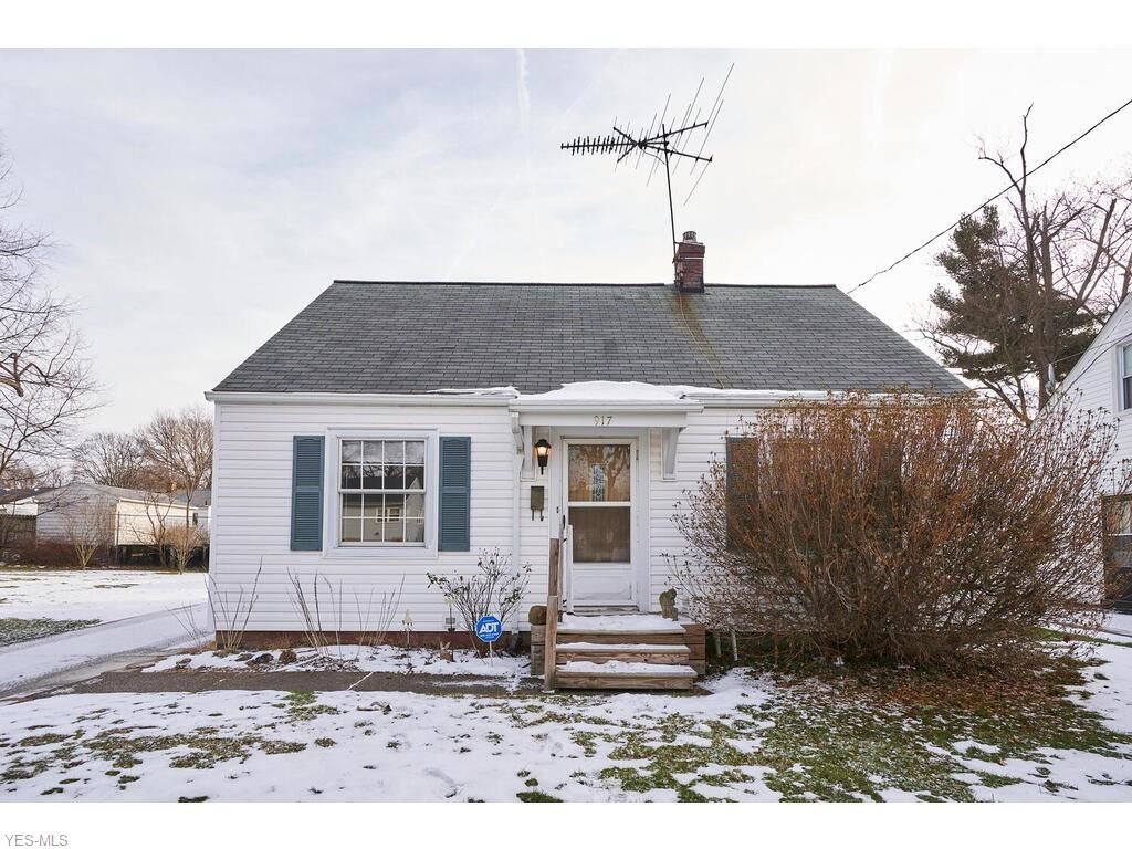 917 Chinook Avenue, Akron, OH 44305 - #: 4246768