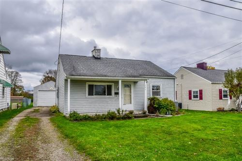Photo of 364 27th Street NW, Massillon, OH 44647 (MLS # 4248774)