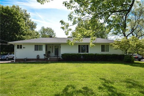 Photo of 5005 Columbia Road, North Olmsted, OH 44070 (MLS # 4263774)
