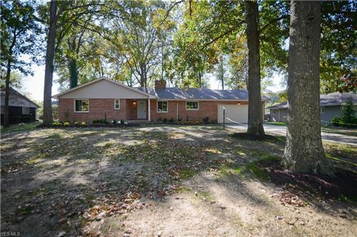 Photo of 275 Deer Trail Avenue, Canfield, OH 44406 (MLS # 4142778)