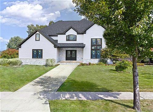 Photo of 2435 Sittingbourne Lane, Beachwood, OH 44122 (MLS # 4178778)