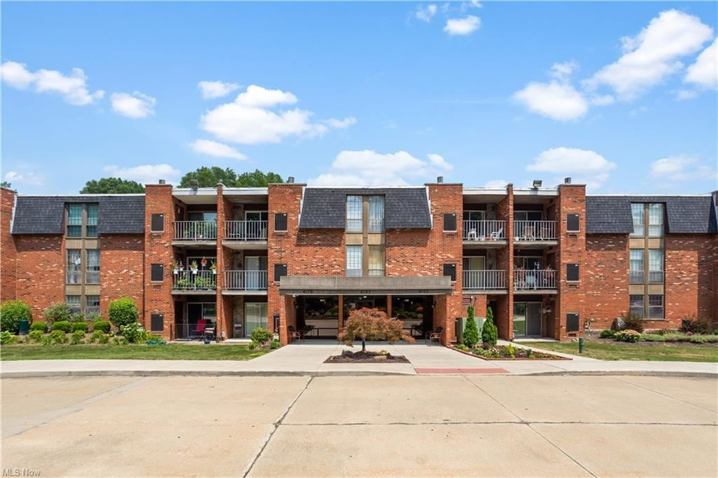 Photo of 4179 Columbia Road #213, North Olmsted, OH 44070 (MLS # 4302789)
