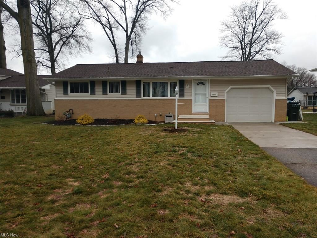 25022 Doe Drive, North Olmsted, OH 44070 - #: 4247791