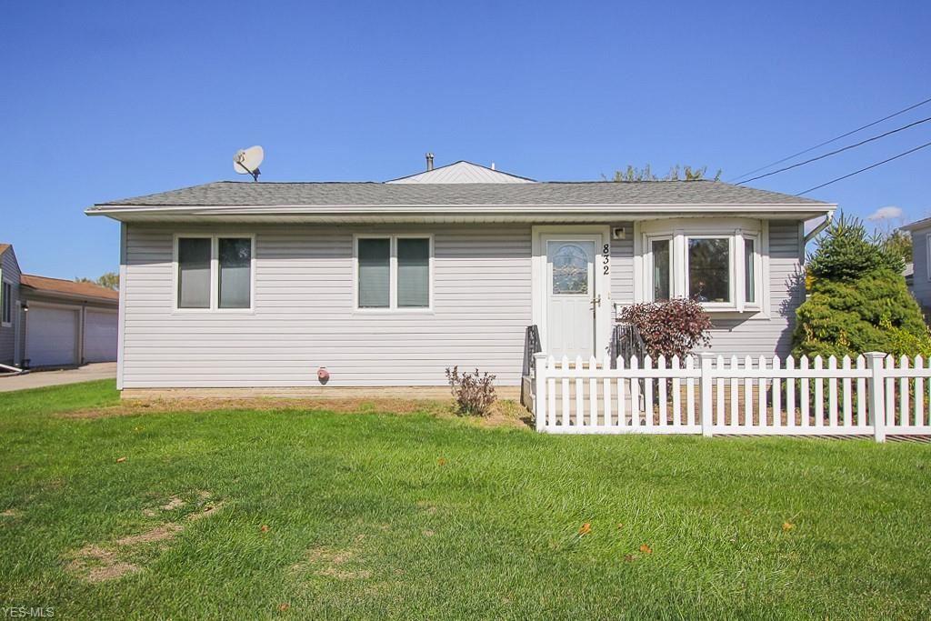 832 Sandalwood Drive, Elyria, OH 44035 - #: 4233792