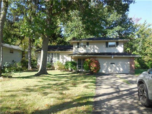 Photo of 6426 Woodbury Drive, Solon, OH 44139 (MLS # 4309804)