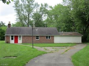 Photo of 535 Ferncliff Ave, Youngstown, OH 44514 (MLS # 4105805)