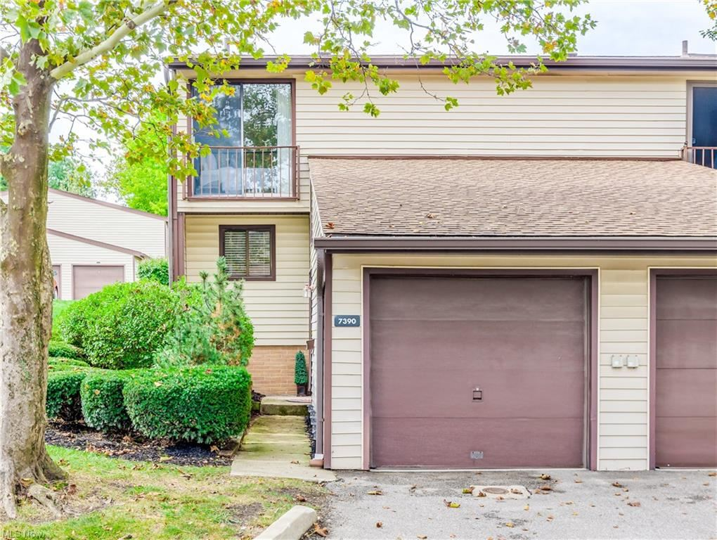 7390 Pine Ridge Court #A17, Middleburg Heights, OH 44130 - #: 4317807